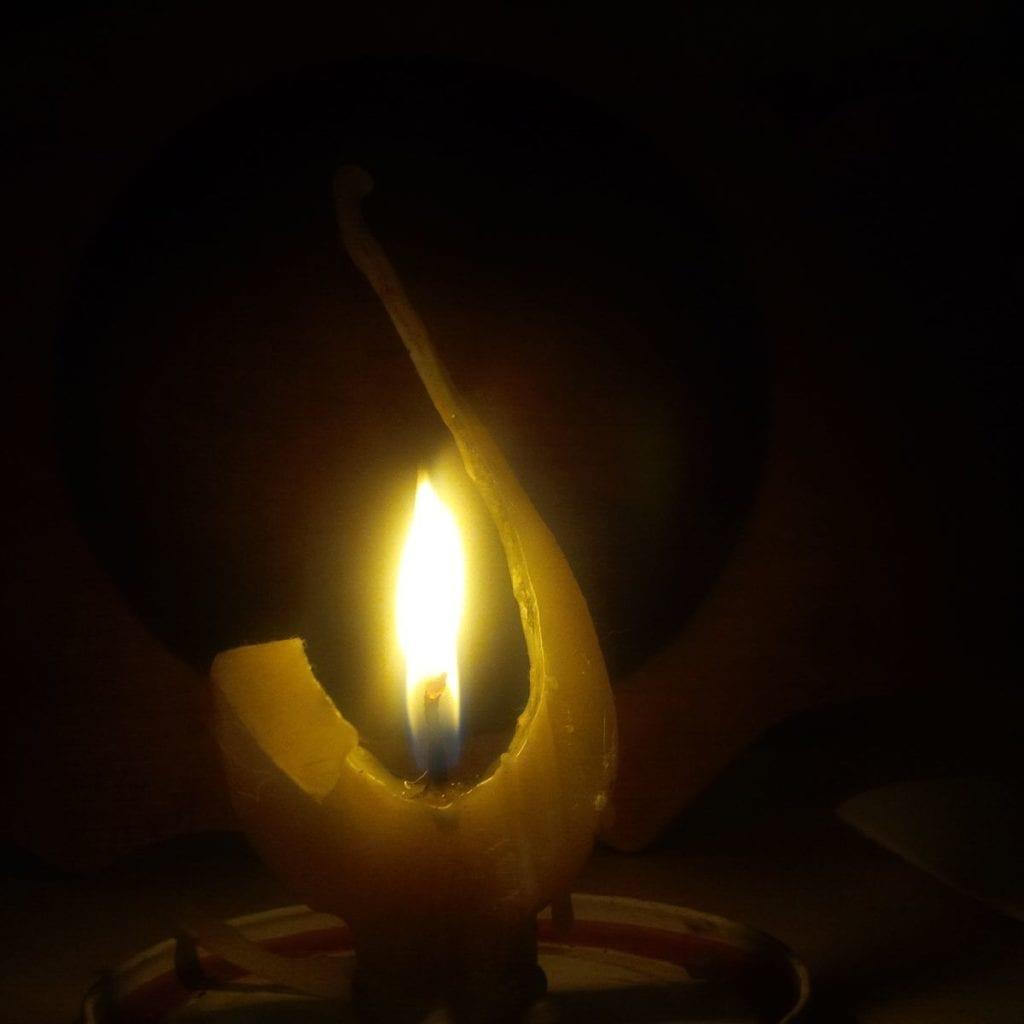 Andělská svíce zpravého včelího vosku zČeských Kopist