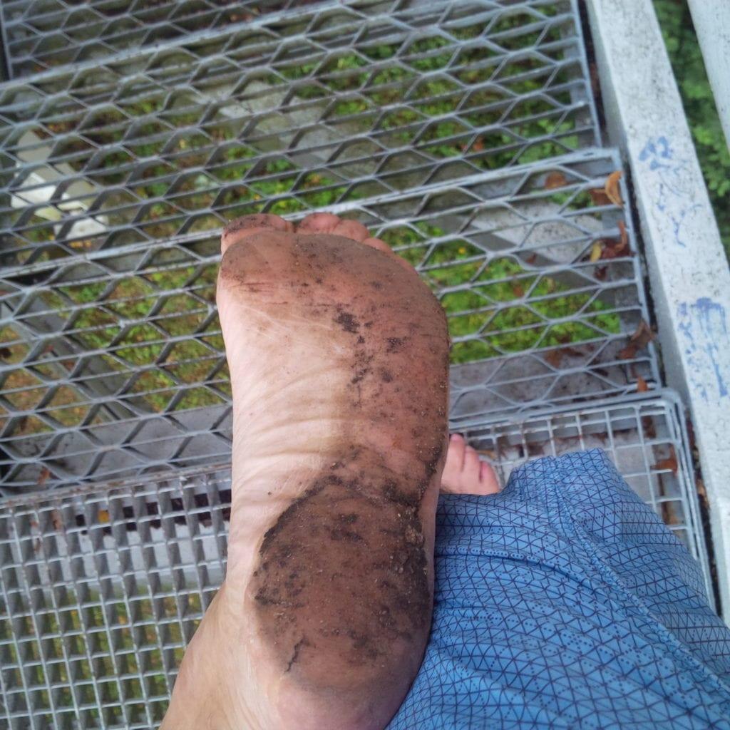 přirozená podrážka nachodidle běhání naboso